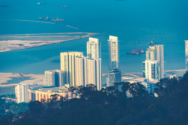 penang-cityscape-view-from-penang-hills_33755-4577 (1)
