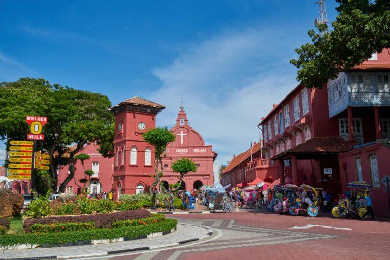 blue-sky-summer-malaysia-ancient-unesco (2)